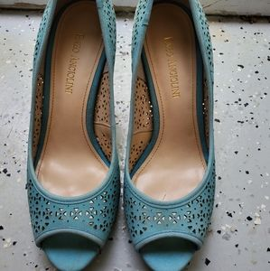 Size 7 teal Enzo angiolini pumps